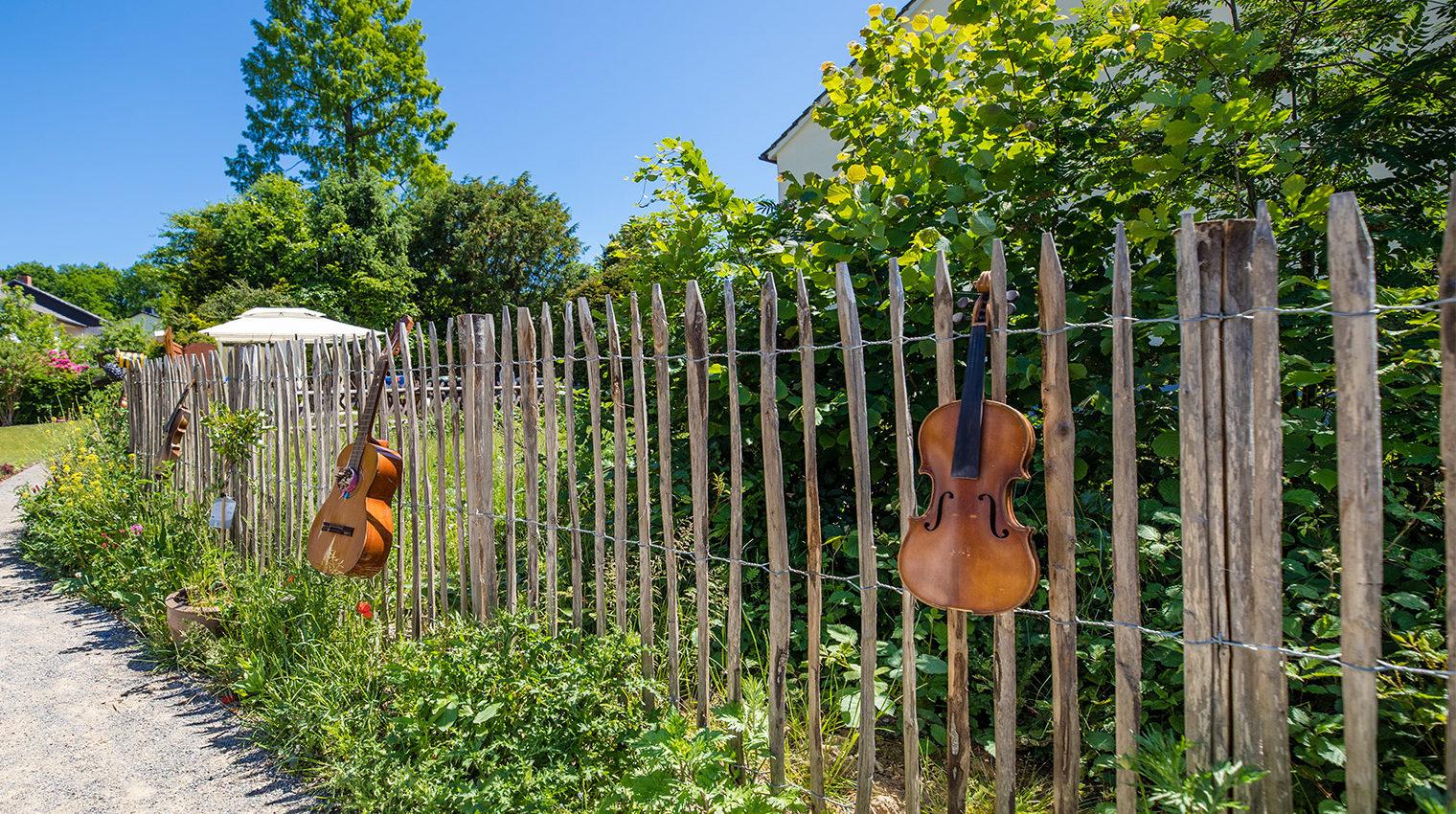 Grundstücksabgrenzung: Zaun aus Holz